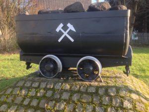 Zechenwagon mit Braunkohle, ein Wahrzeichen für das Ruhrgebiet. VIP Ruhrgebiet aktuell - aktuelle Termine und Veranstaltungen NRW