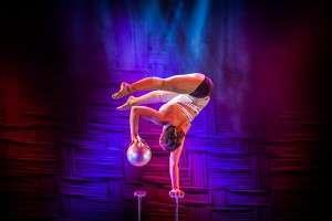 Nathalie Wecker (Equilibristik) 5