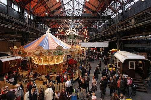 Der historische Jahrmarkt in der Jahrhunderthalle in Bochum ist eines der Top-Events in Bochum Foto:Bochumer Veranstaltungs-GmbH