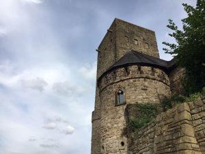 Ein Blick auf die Türme der Burg Blankenstein - Hattingen Foto: Ruhrgebietaktuell/Janine Sauer-Crepulja