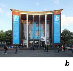 Das Schauspielhaus Bochum: Frontalansicht