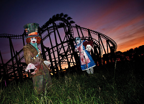 Alice und der Hutmacher im Movie Park Germany Foto: Movie Park Germany/Jessica Demmer