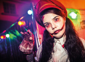 circus of freaks labyrinth Foto: Movie Park Germany/Jessica Demmer