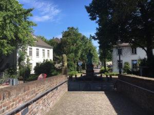Schloss Moers - Die Wasserburg beherbergt das Grafschafter Museum