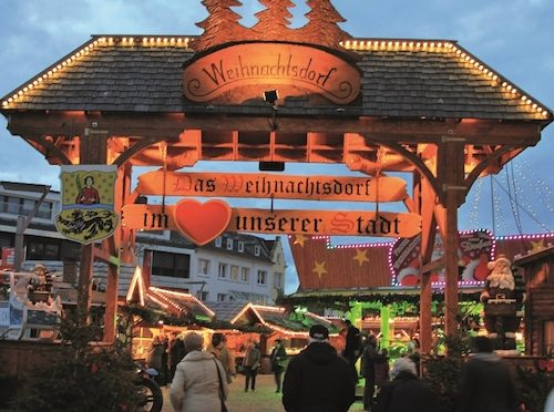 Das Weihnachtsdorf in Mönchengladbach © Pressestelle Stadt Mönchengladbach