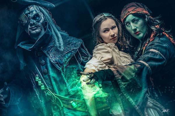 Madame Lyuba mit Marie und dem finsteren Traumwandler - Im Bann der Finsternis - Foto: Grusellabyrinth NRW