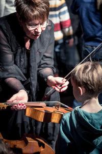 """Fidolino Konzerte für Kinder """"Bachblüten - Musik und Geschichten über Johann Sebastian Bach"""" Foto: Detlef Güthenke"""