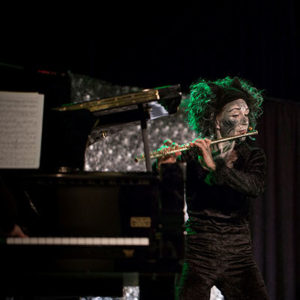 Fidolino Kinderkonzerte sind bunt, abwechslungsreich und manchmal auch ein wenig magisch wie hier beim Hexeneinmaleins Foto: Sabrina Voss