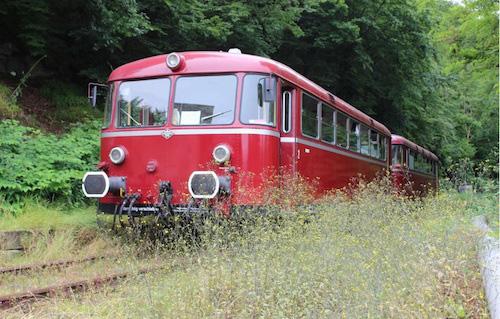 Mit dem Roten Brummer das Ruhrgebiet entdecken Foto: Denis Möller Revier-Sprinter-Team