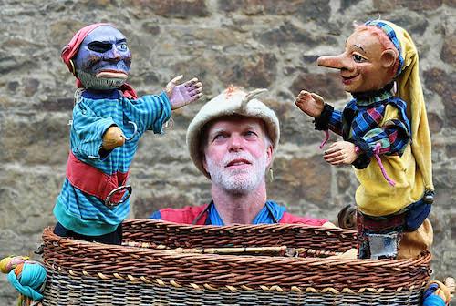 Das Puppentheater Kiepenkasper begeistert vor allem junge Besucher der Mittelaltermärkte © Mittelalterlich Phantasie Spectaculum®