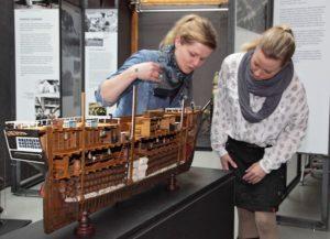Modell eines Auswandererschiffes aus dem Deutschen Technikmuseum in Berlin. Foto: LWL/Holtappels