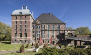 """Die """"gute Stube"""" der Stadt: Das Schloss Horst. Hier finden auch Schlossführungen Gelsenkirchen statt. Bildquelle: Stadt Gelsenkirchen"""