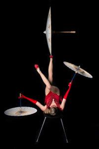 Emma Phillips begeistert das Publikum mit einer modernen Performance Foto: Künstler