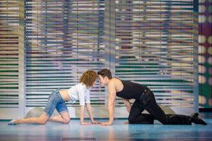 Eine romantische Show mit charismatischen Tänzern und musikalischen Live-Acts erlebt man beim Musical Dirty Dancing in NRW Foto BB Promotion © Jens Hauer